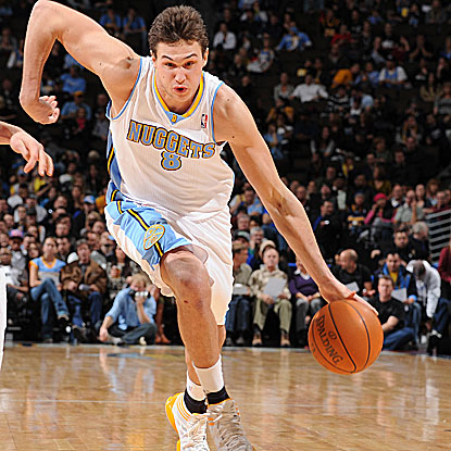 Danilo Gallinari hits two free throws late  in the fourth quarter to ice the win for the Nuggets. (Getty Images)