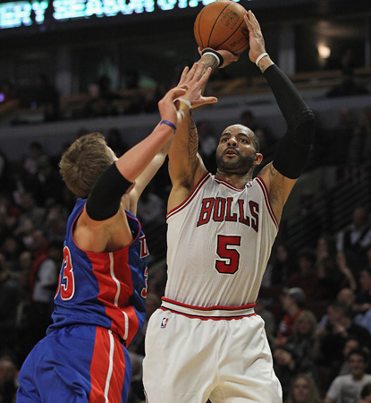 The Bulls' Carlos Boozer tallies a game-high 23 points and adds eight boards. (Getty Images)
