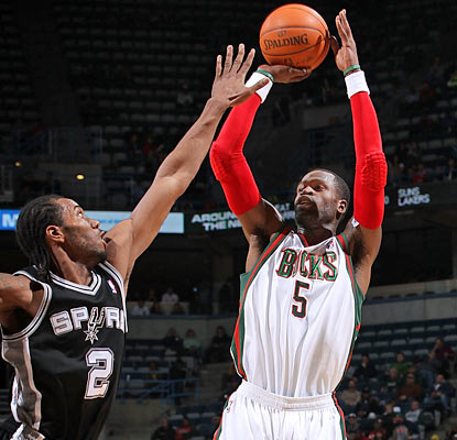 The Bucks get a major boost from Stephen Jackson, who provides 34 points and eight dimes. (Getty Images)