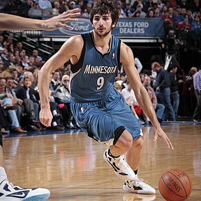 Ricky Rubio notches a double-double with 18 points and 10 assists in 42 big minutes.  (Getty Images)