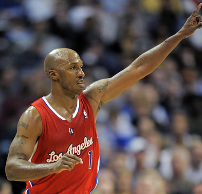 Chauncey Billups, who scores a season-high 32 points, returns to Denver and reminds everyone why he's dubbed 'Mr. Big Shot.' (AP)