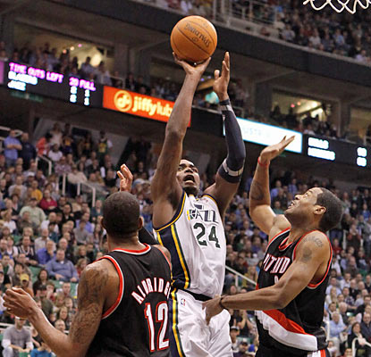 Paul Millsap gives Utah a major boost with his 19-point, 15-rebound performance against Portland. (AP)