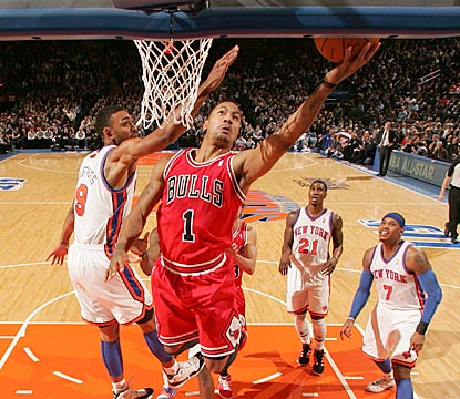 Derrick Rose dazzles the Knicks and the MSG crowd with a 32-point, 15-assist performance.  (Getty Images)