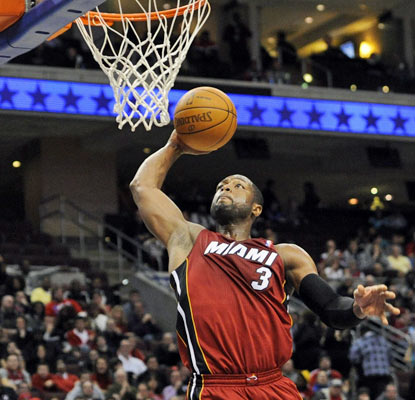 Dwyane Wade nets 26 points and the Heat win in Philly with a 15-0 run in the fourth quarter.  (Getty Images)