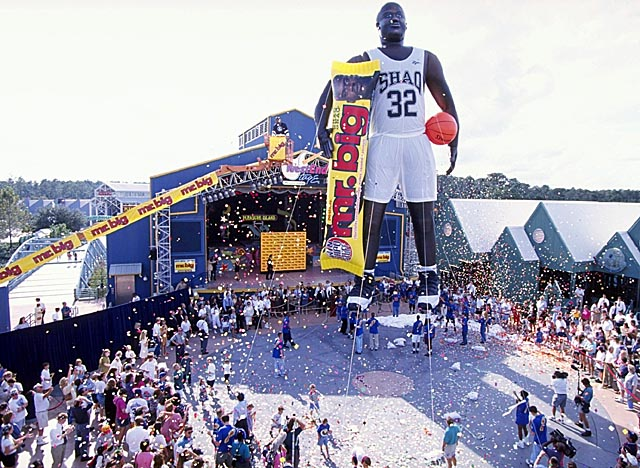 Orlando circa 1996 couldn't hold Shaq, but the Magic hope to keep their star center this time. (Getty Images)