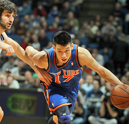 Jeremy Lin doesn't have his best of games (six turnovers) but he does more than enough to help the Knicks continue to win. (Getty Images)