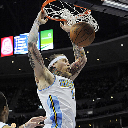 Chris Andersen scores 16 points and grabs seven rebounds to help the Nuggets snap a five-game home losing streak.  (AP)
