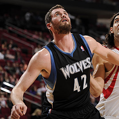The Wolves' Kevin Love scores a game-high 33 points for his fourth 30-point performance in the last five games. (Getty Images)
