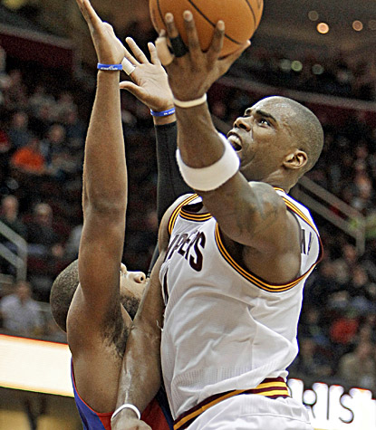 Antawn Jamison  goes up for two of his 32 points as the Cavaliers rally for a one-point win. (AP)