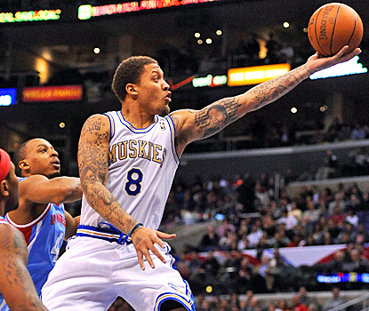 Michael Beasley scores 27 points to help the Timberwolves beat the Clippers at Staples Center. (US Presswire)