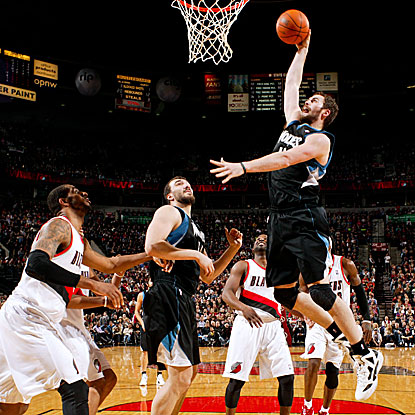 Kevin Love scores a season-high 42 point as the Timberwolves end a 16-game losing streak to the Trail Blazers.  (Getty Images)