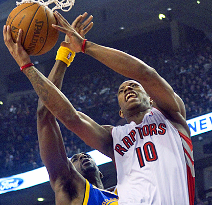 DeMar DeRozan helps the Raptors snap their five-game slide against the Warriors with 25 points. (AP)