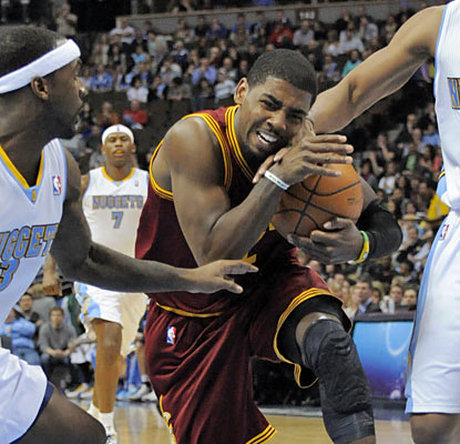 Kyrie Irving scores 10 of his 18 points with 2:36 remaining in the game, but saves his best for last -- a go-ahead layup. (AP)