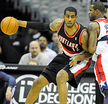 LaMarcus Aldridge helps the Trail Blazers snap a four-game losing skid with 30 points against the Wizards. (US Presswire)