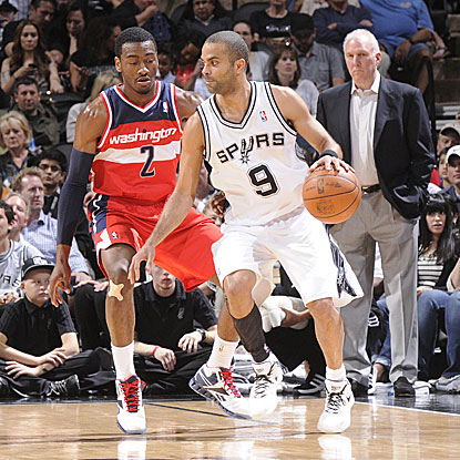 Tony Parker returns to action for the Spurs after missing one game due to a strained right quadriceps.  (Getty Images)