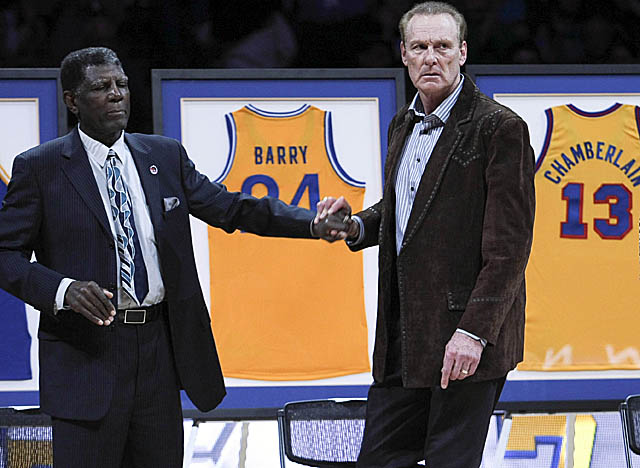 Rick Barry tells Warriors fans, 'You're doing yourselves a disservice' by booing the team owner. (US Presswire)