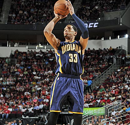 Danny Granger sinks two clutch free throws with just over 15 seconds left in OT to secure the win. (Getty Images)