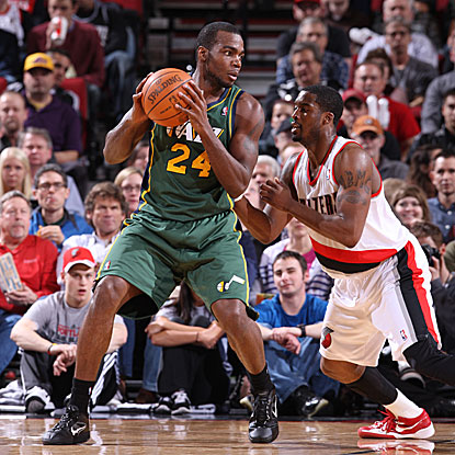 Paul Millsap scores a game-high 31 points as the Jazz hold off the Trail Blazers to avoid a four-game losing streak.  (Getty Images)