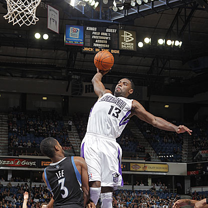 Tyreke Evans tallies 24 points, 10 rebounds, and seven assists as the Kings hand the Timberwolves their third straight defeat.  (Getty Images)