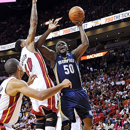Zach Randolph comes off the bench to score 14 points and grab 14 rebounds for the Grizzlies in their win against the Heat.  (AP)