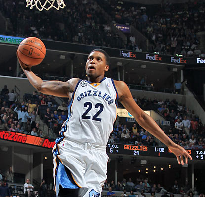 Rudy Gay scores a game-high 25 points as the Grizzlies win their seventh game in nine tries. (AP)