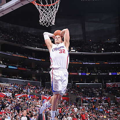 Blake Griffin scores a game-high 27 points as the Clippers win for the eighth time in nine games.  (Getty Images)