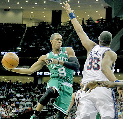 Rajon Rondo provides 15 assists but scores just four points on 2 of 8 shooting. He also misses two free throws. (US Presswire)
