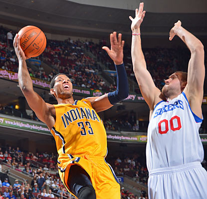 Danny Granger leads all scorers with 24 points to help the Pacers win their 10th game in 11 tries. (Getty Images)
