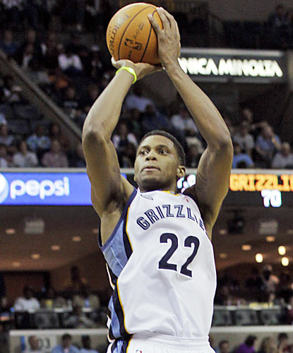 Rudy Gay has his hands involved in Memphis' win. He puts up 21 points and makes a key block with about five seconds left to go. (AP)