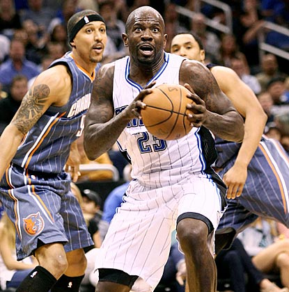 Orlando's Jason Richardson, who contributes 17 points and nine rebounds, drives to the net during the fourth quarter.  (US Presswire)