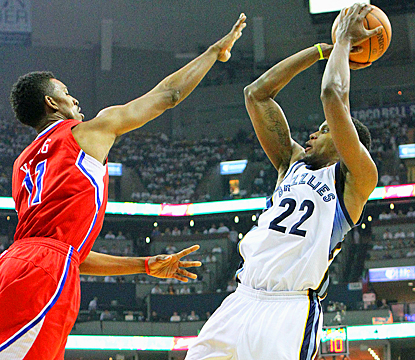 Rudy Gay puts in a strong effort for the Grizzlies, scoring 20 points in Game 2 against the Clippers. (US Presswire)