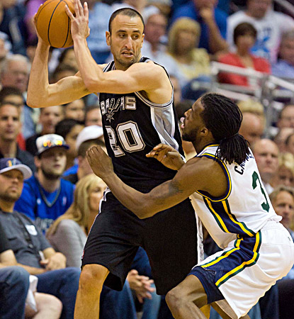San Antonio's Manu Ginobili tallies six assists in the first half and finishes with 10. (US Presswire)