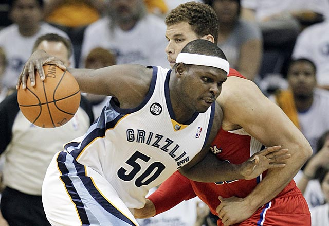 For one half, Memphis revisits its successful inside-out game, and Zach Randolph benefits. (AP)