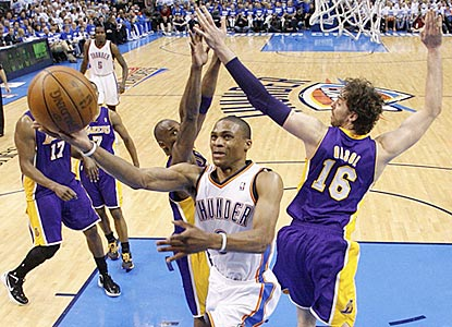 After a sloppy first 46 minutes, Russell Westbrook and the host Thunder slip by the Lakers.  (AP)