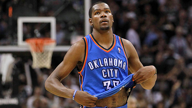 Durant deserves more from his fellow stars than a vanishing act. (Getty Images)