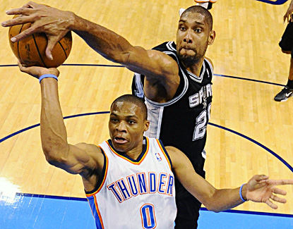 Despite becoming the all-time leading blocker in the postseason, Tim Duncan (11 points) and the Spurs will have to regroup. (AP)