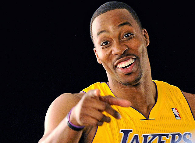 Dwight Howard says he will play with a smile in L.A. (US Presswire)
