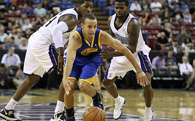 The Warriors are counting on Stephen Curry to team with Andrew Bogut for years to come. (US Presswire)