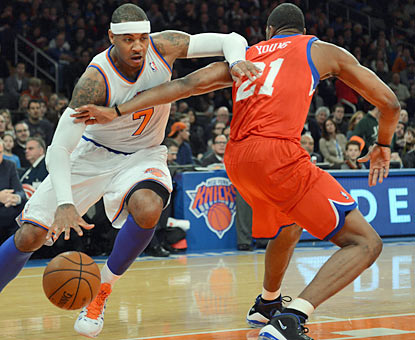 Melo Anthony leads the Knicks in scoring with 27 points on 10-of-18 shooting from the field. (AP)