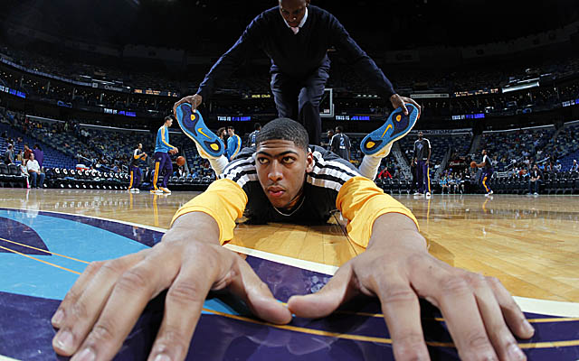 Davis is expected to return to the Hornets lineup Friday as they host the Bobcats. (Getty Images)