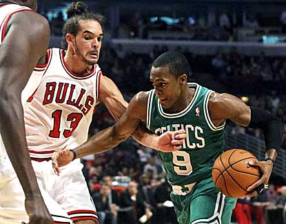 Rajon Rondo had 20 points and 10 assists to lead the Celtics to a 101-95 win in Chicago on Monday. (AP)
