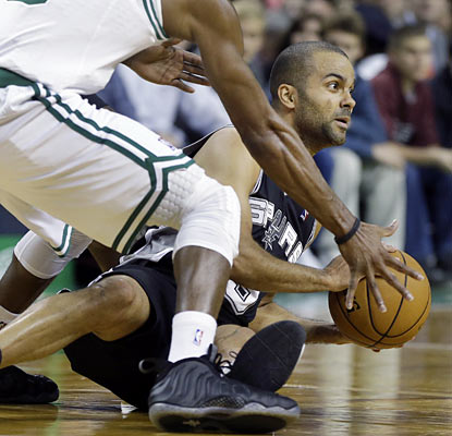 Tony Parker puts up a season-best 26 points against the Celtics to help the Spurs improve to 9-3. (AP)
