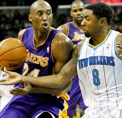 Kobe Bryant has a great night in New Orleans, reaching the 30,000 club and leading the Lakers to a much-needed win.  (US Presswire)