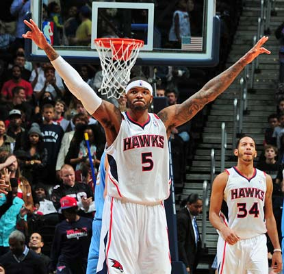 Josh Smith celebrates his 27th birthday with a clutch performance in Atlanta's win over Denver.  (Getty Images)