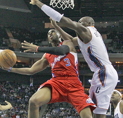Chris Paul puts on a show with 10 assists and 19 points, including a key 3 late in the game. (AP)