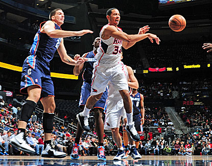 Devin Harris scores 20 points for the Hawks in just 24 minutes and also dishes out 4 assists. (Getty Images)