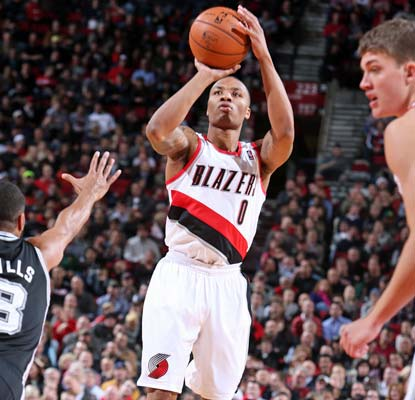 Damian Lillard scores a career-high 29 points, continuing his stellar rookie campaign for the Trail Blazers.  (Getty Images)