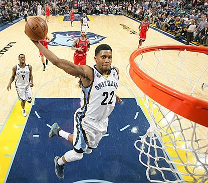Rudy Gay flies in for a slam dunk late in the fourth quarter that helps seal the victory for the host Grizzlies.  (Getty Images)