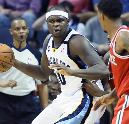 Zach Randolph dumps 15 points and 17 rebounds on the Bucks in a defensive game.  (US Presswire)
