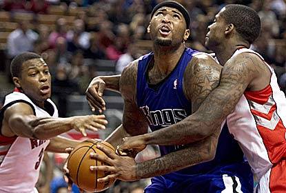DeMarcus Cousins breaks out his best game of the season with 31 points, and matches his career high with 20 boards. (AP)